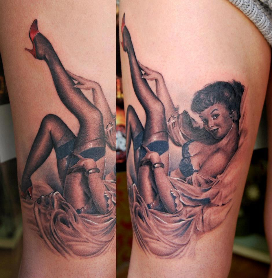 Classic Black Ink Pin Up Girl Tattoo On Thigh