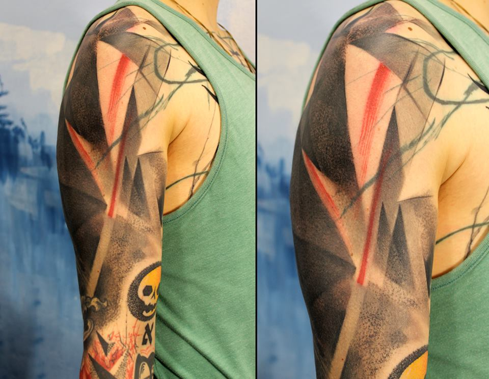 Cool Abstract Tattoo On Man Right Half Sleeve