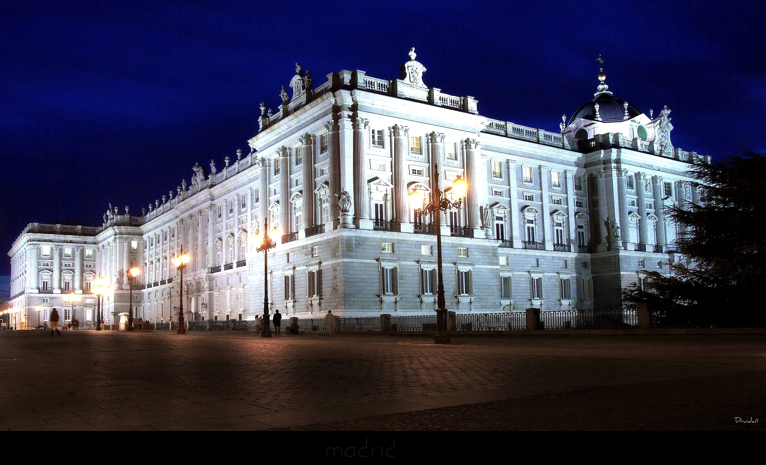 Night View Of The Royal Palace Of Madrid