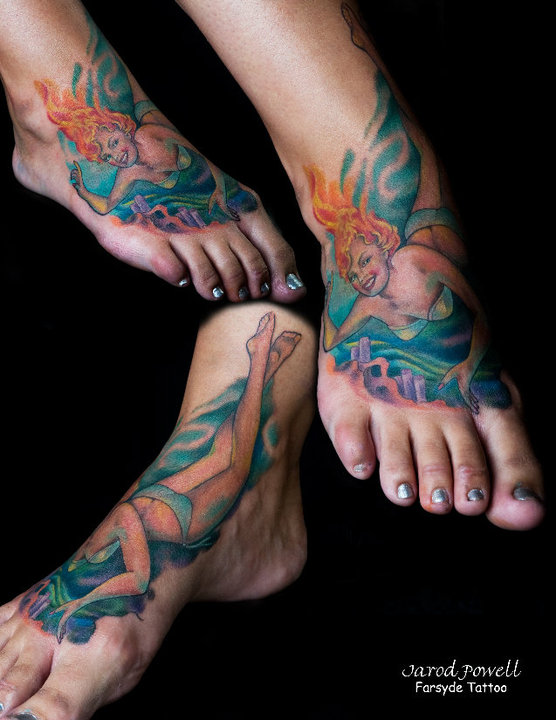 Pinup Girl Underwater Tattoo On Women Right Foot