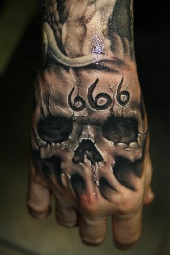 3D Skull Tattoo On Right Hand