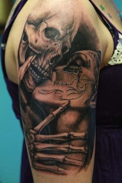 3d Sugar Skull Kissing Tattoo On Half Sleeve