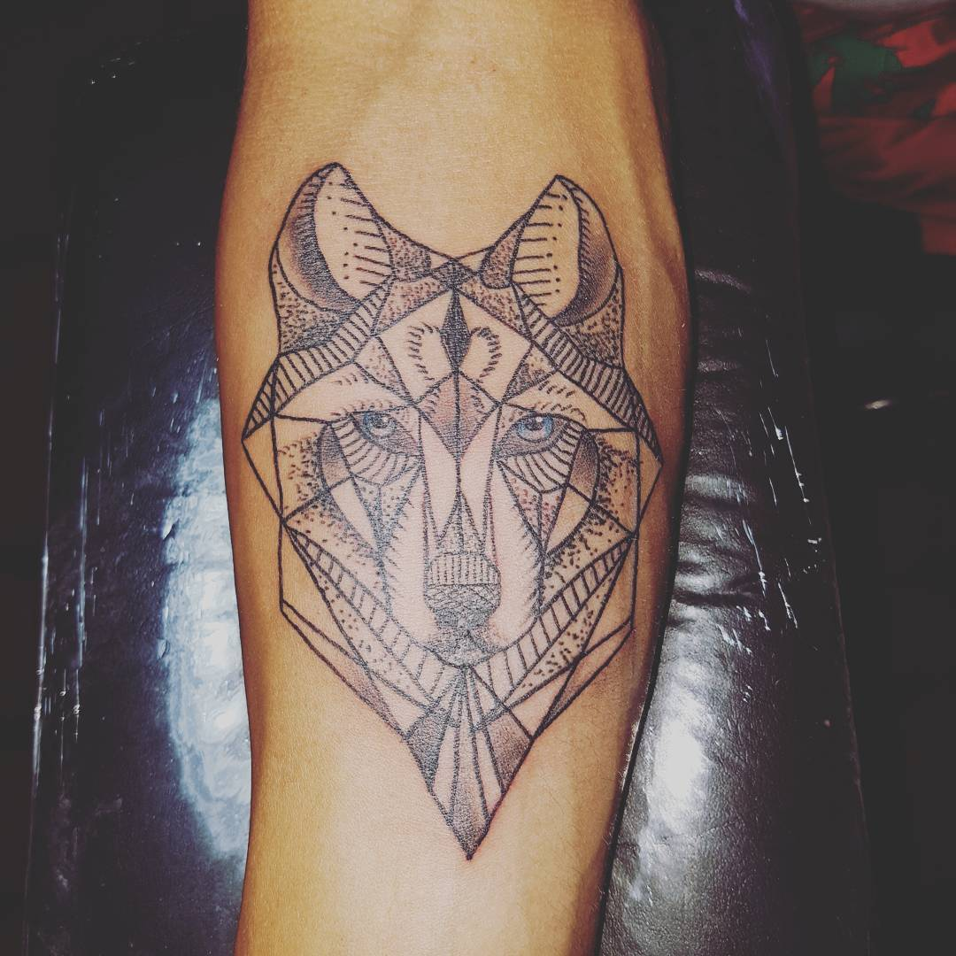 Wolf Tattoo Design Ideas For Men And Woman: 46+ Unique Wolf Head Tattoos Ideas