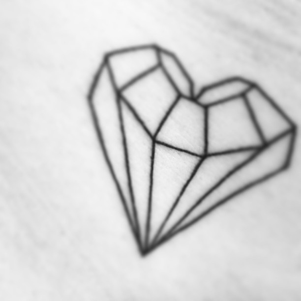 43+ Amazing Diamond Tattoos Designs