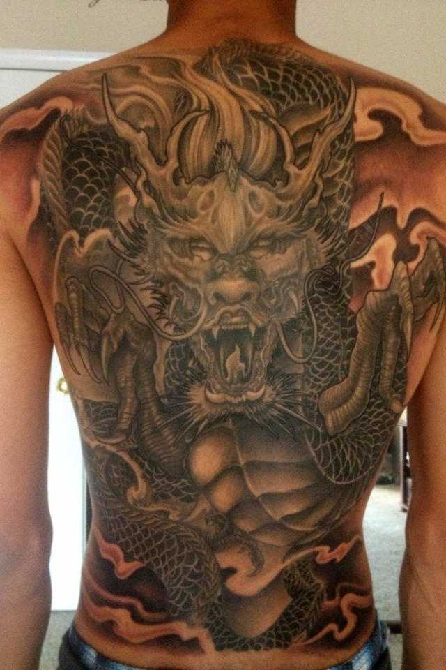 40 japanese dragon tattoos collection for Dragon back tattoo