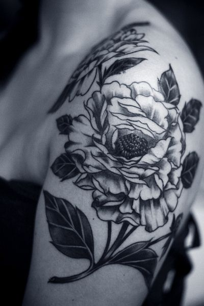 Awesome Black And White Peony Flowers Tattoo On Women Left Shoulder