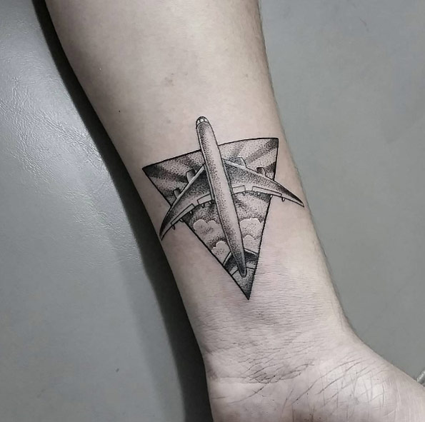 40 Best Airplane Tattoos Design And Ideas