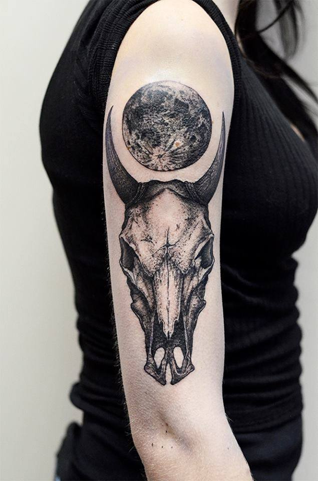 black ink bull skull tattoo on women right half sleeve. Black Bedroom Furniture Sets. Home Design Ideas
