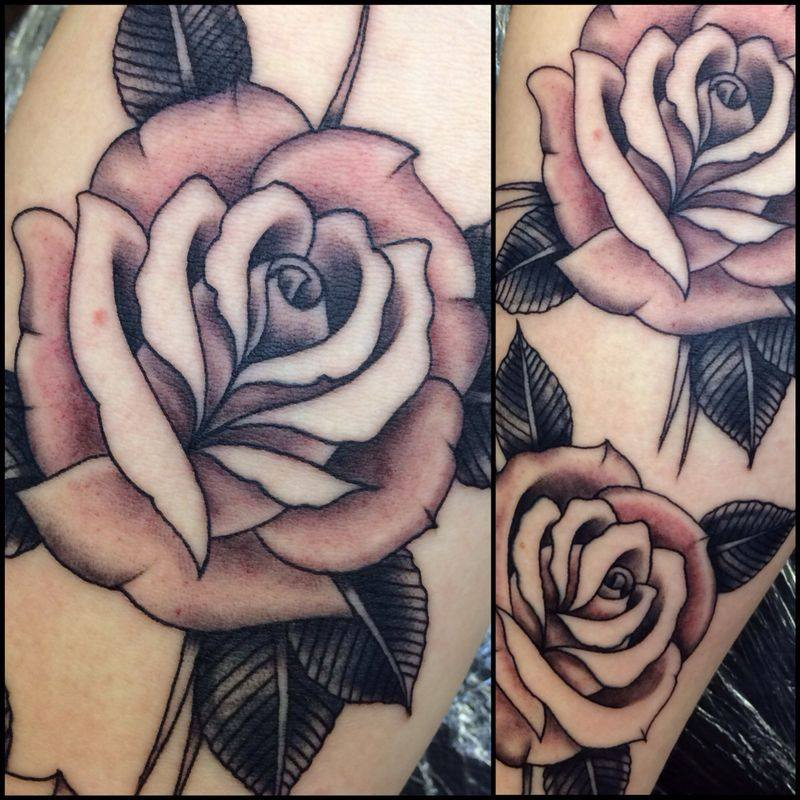 21 Catchy Black Ink Tattoos Designs By Hugo: Black And Grey Rose Tattoo On Arm By Francisco Sanchez