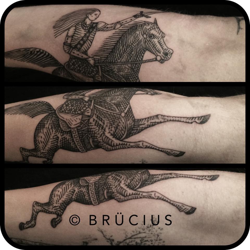black ink warrior on horse tattoo on man upper back. Black Bedroom Furniture Sets. Home Design Ideas