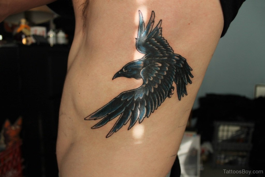 Flying crow tattoos - photo#9