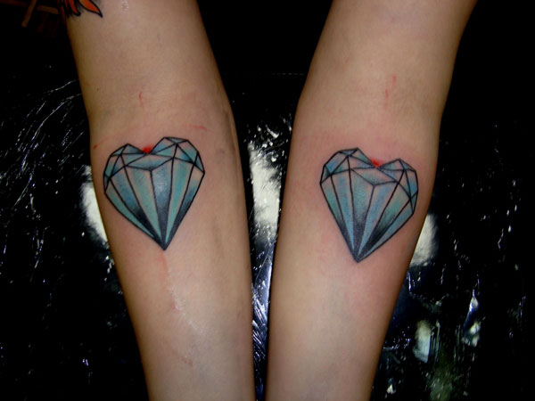 44 diamond tattoos designs and pictures collection for Diamond heart tattoo