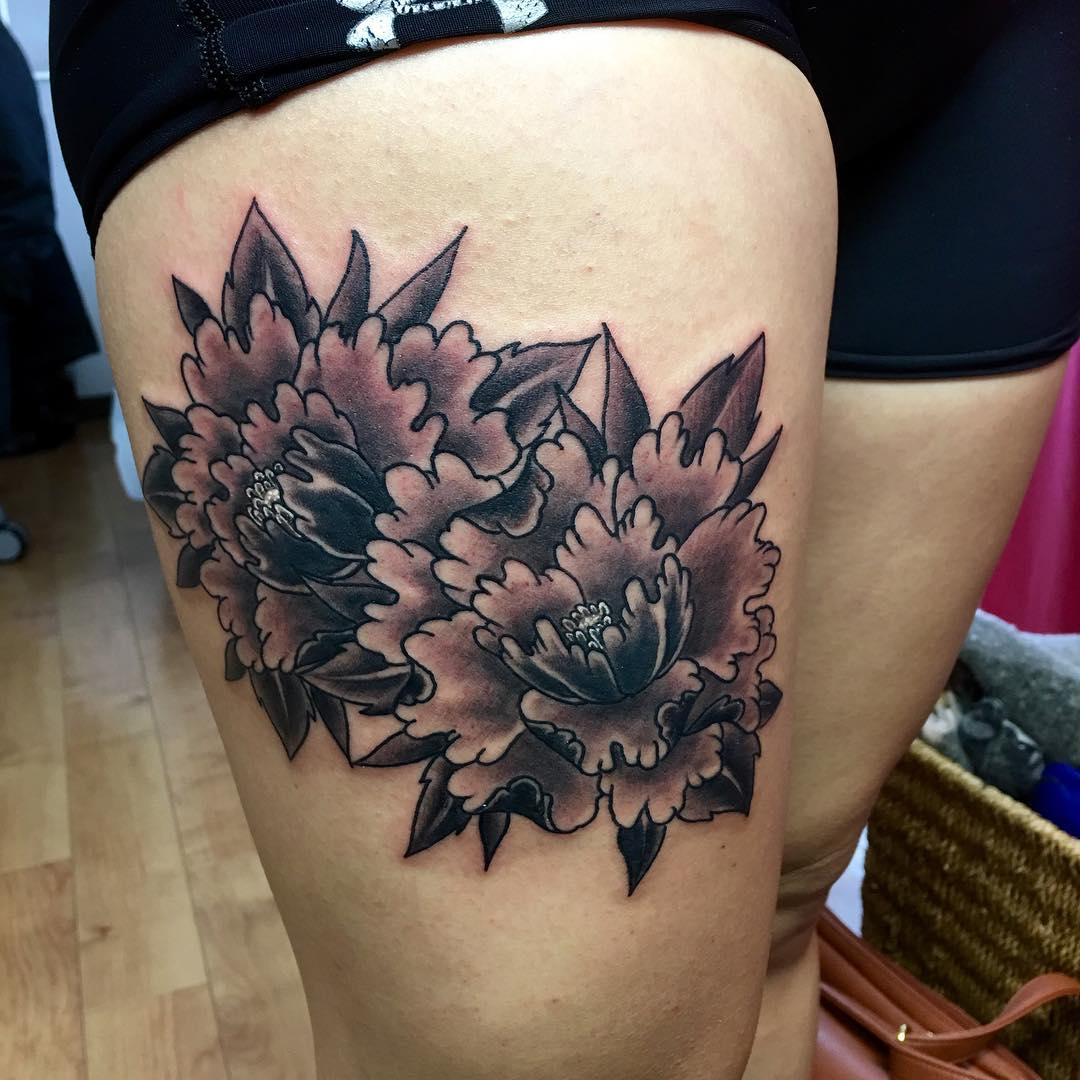 Classic Black And White Peony Flowers Tattoo On Right Thigh