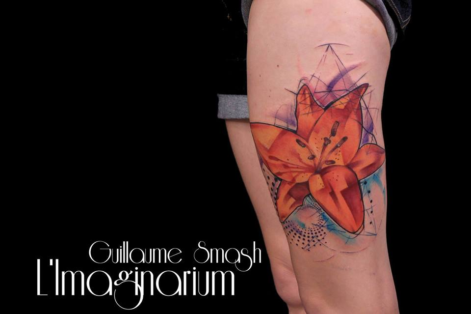 Cool Abstract Flower Tattoo On Left Thigh