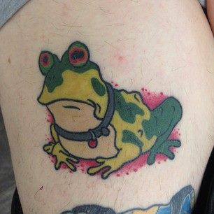 Green Ink Frog Tattoo Design For Thigh