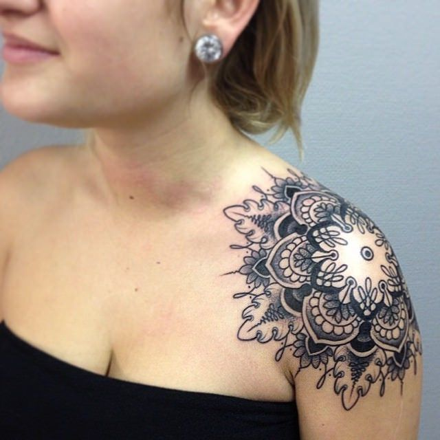 30+ Amazing Mandala Tattoos Ideas For Girls