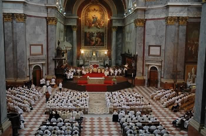 Mass Gathering Inside The Esztergom Basilica