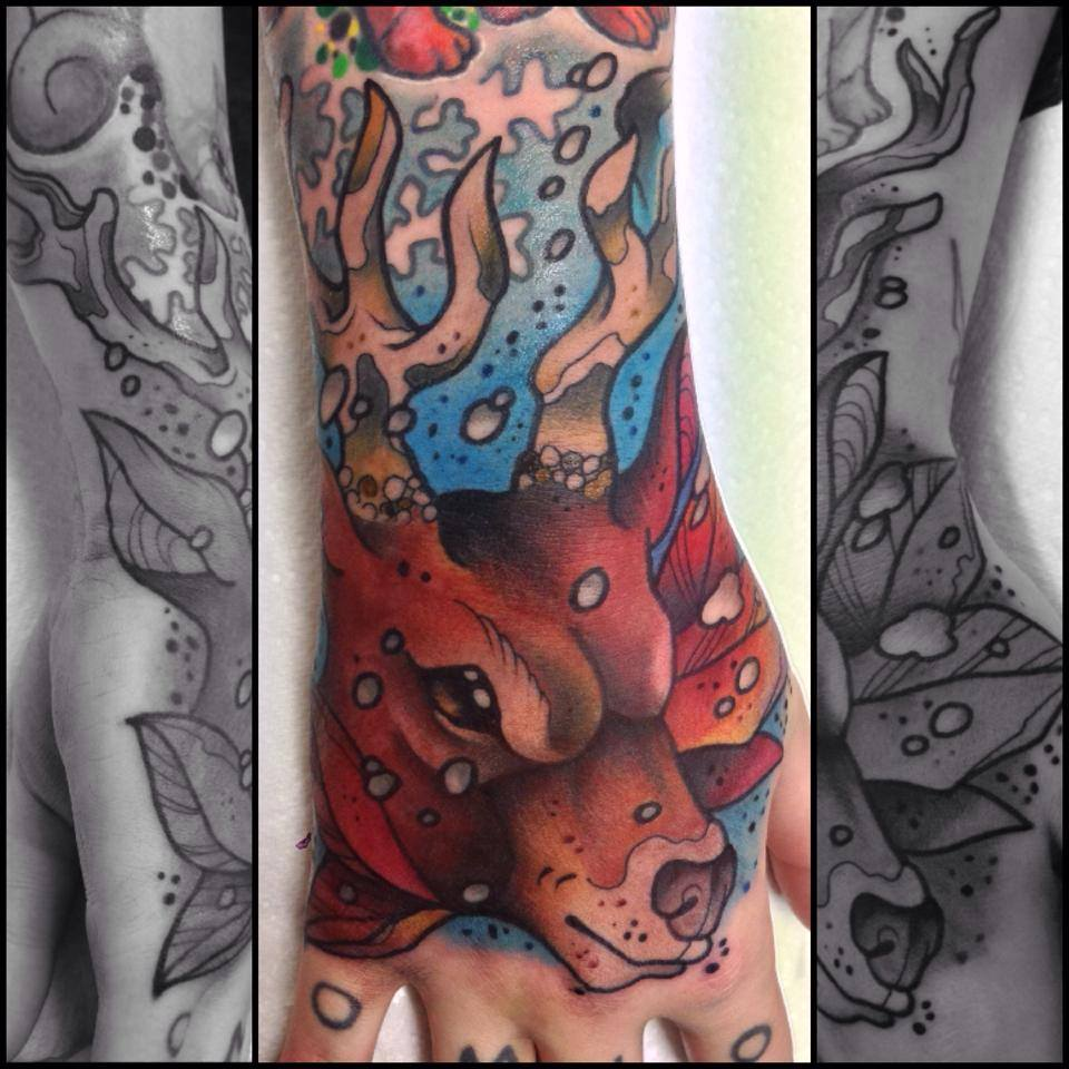 Traditional Deer Head Tattoo On Right Hand