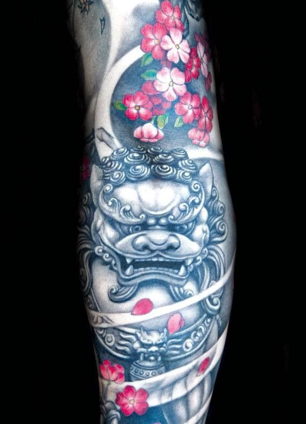 1d8440d191319 Black And Grey Foo Dog With Flowers Tattoo Design For Sleeve