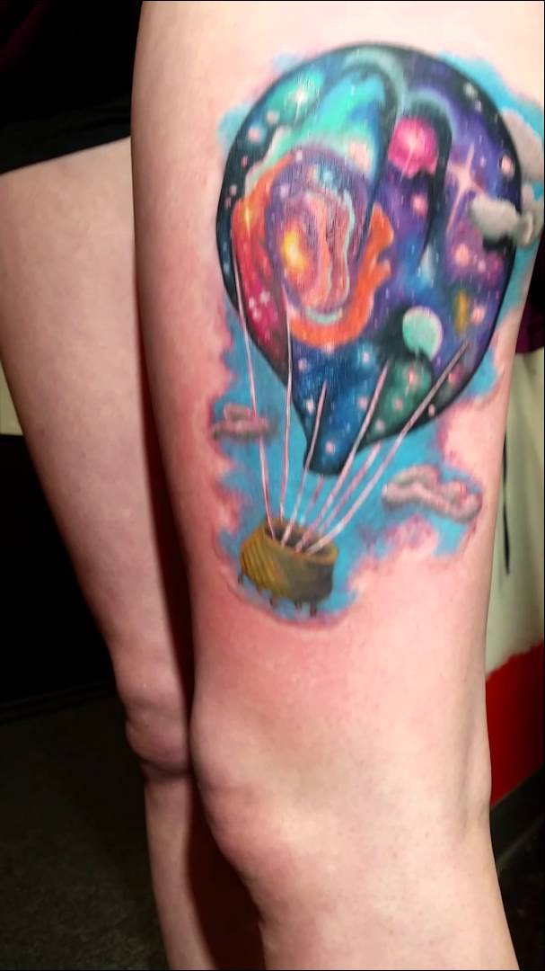 Colorful Hot Air Balloon Tattoo On Left Thigh