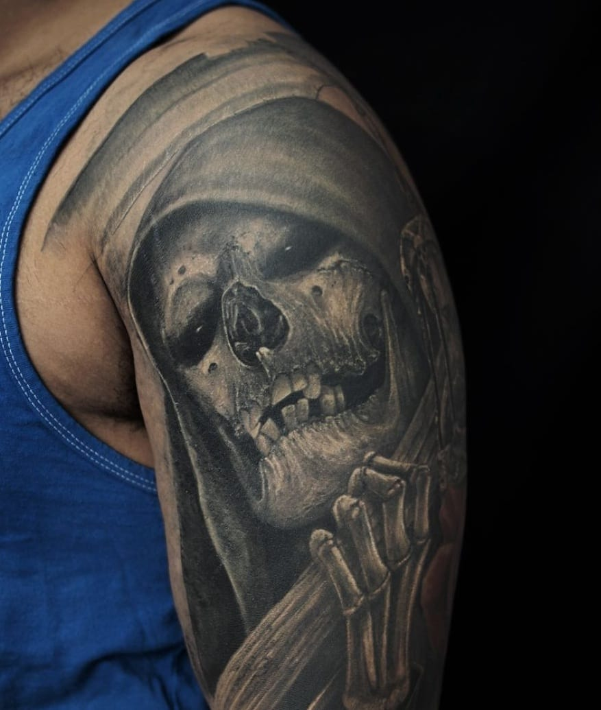 61daa637bbc9e Black And Grey 3D Grim Reaper Skull Tattoo On Man Left Shoulder