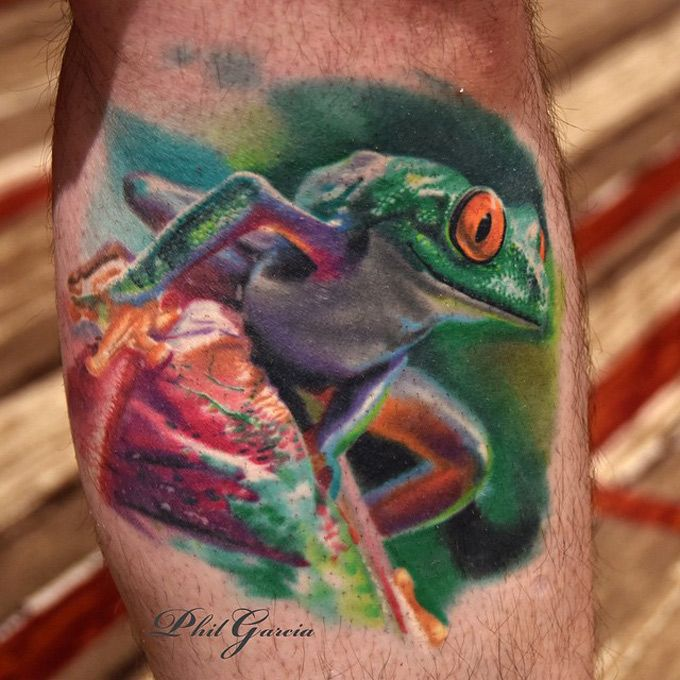 Colorful Realistic 3D Frog Tattoo Design For Leg Calf