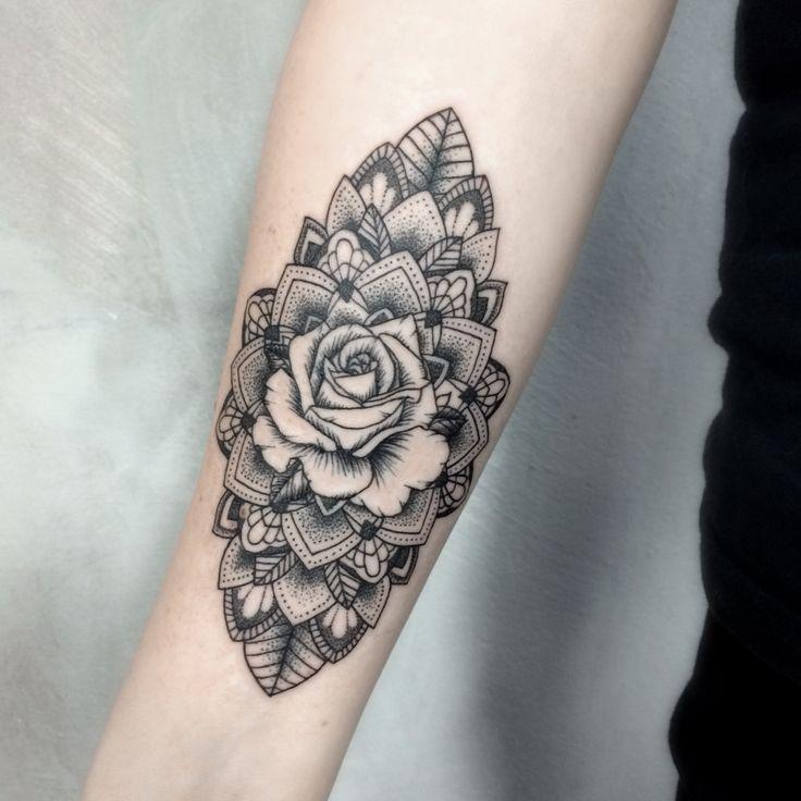 52 best geometric tattoos design and ideas