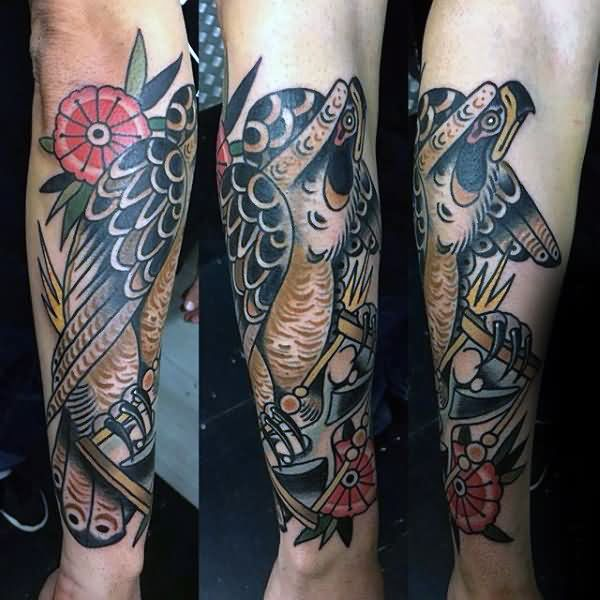 Tattoo Quotes Hawk: Traditional Hawk With Flower Tattoo On Right Arm