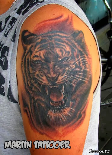 Angry Tiger Head Tattooed on Left Shoulder by Martin Tattooer