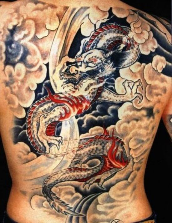 40c4c3a6e 40+ Dragon Back Tattoos With Meanings