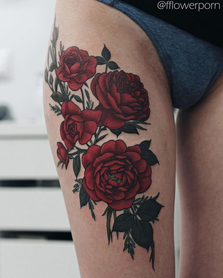 Black Ink Rose Tattoo On Girl Right Hip: Red Roses Tattoo On Girl Right Thigh