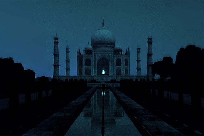 8 Different Views Of Taj Mahal On Moon Night