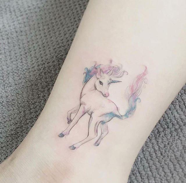 66+ Beautiful Unicorn Tattoos And Meanings