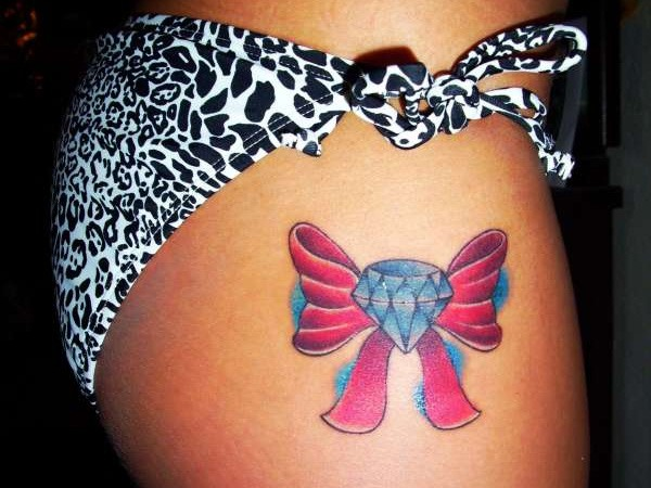 63+ Beautiful Bow Tattoos And Meanings