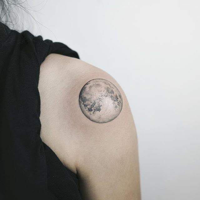 5086eb04ae61a Grey And Black Moon Tattoo On Shoulder