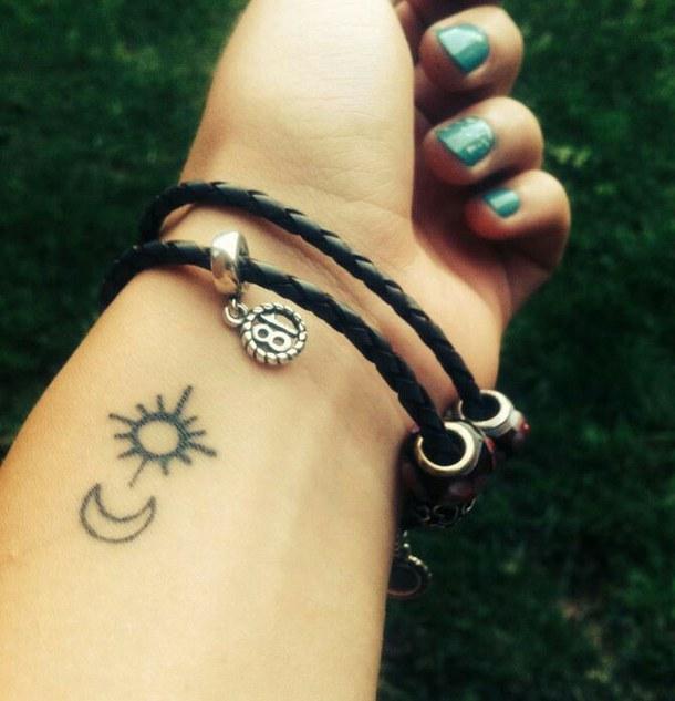 Tattoo Ideas Sun And Moon: 52+ Small Sun Tattoos Designs And Ideas