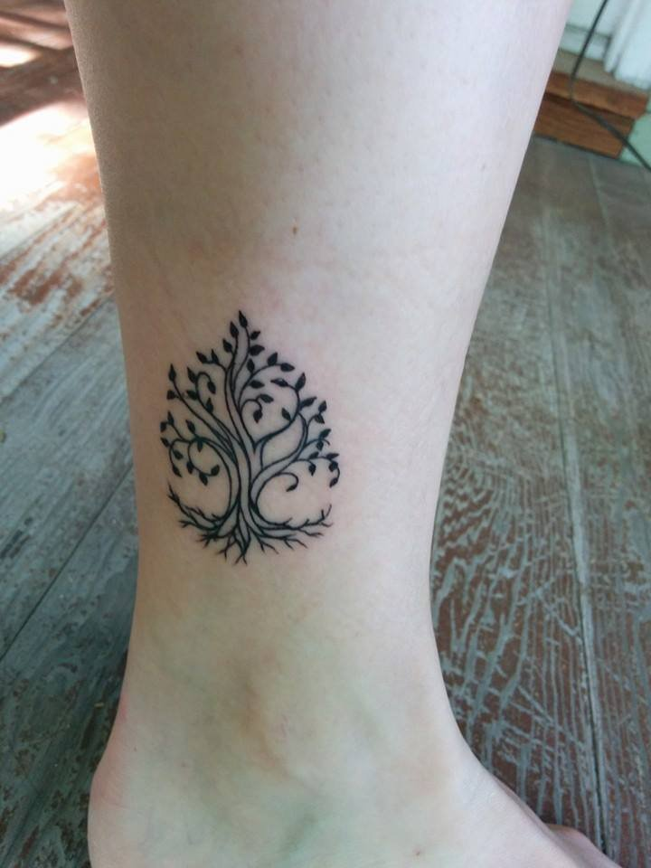 Tree Of Life Tattoo On Side Leg