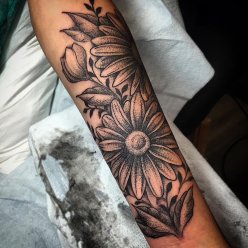 afdf01893 Black And Grey Daisy Flower Tattoo On Forearm