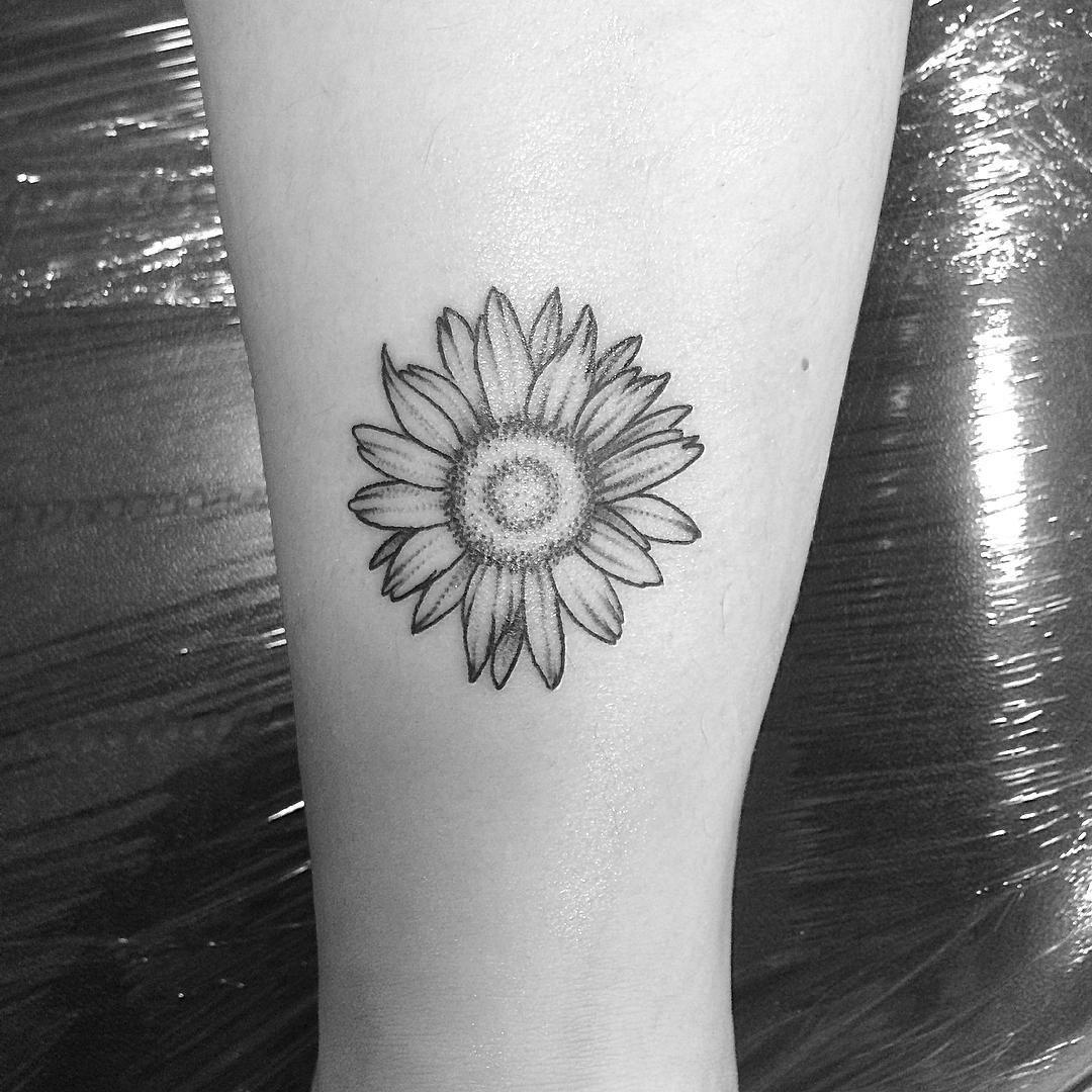 Purple Daisy Tattoo: 75+ Beautiful Daisy Flowers Tattoos