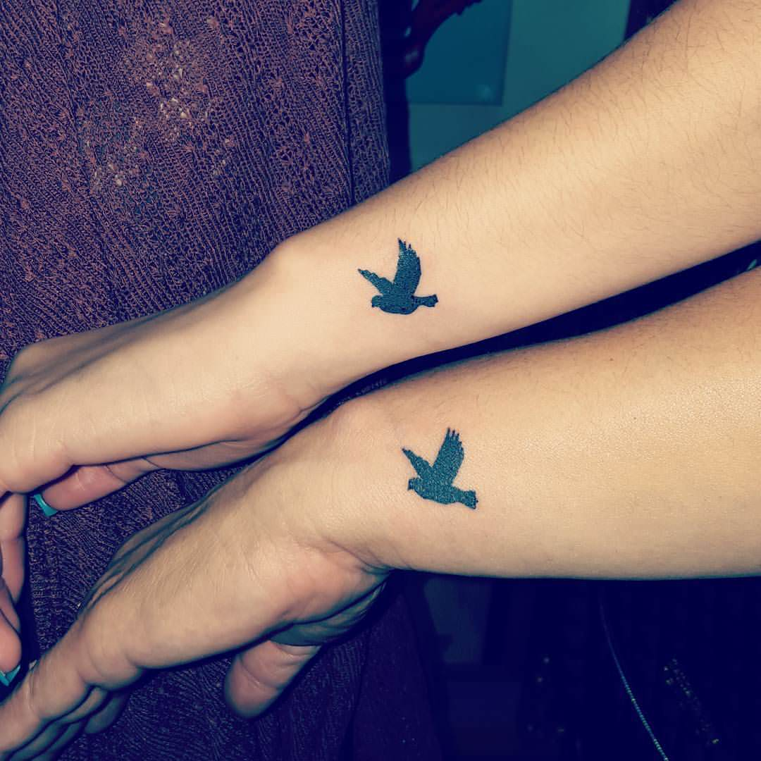55 dove tattoos on wrist with meaning. Black Bedroom Furniture Sets. Home Design Ideas
