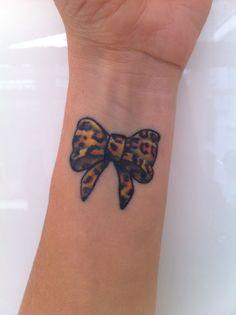 leopard print bow tattoo on wrist rh askideas com leopard print bow tattoo designs Leopard Bow Clip Art