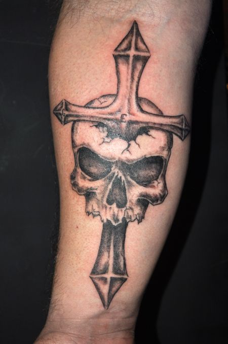 60 incredible cross tattoo designs for Skull and crossbones tattoo