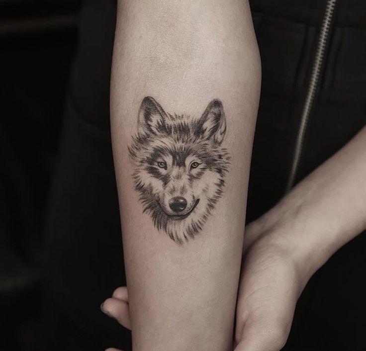 Best 25 Wolf Girl Tattoos Ideas On Pinterest: Wolf Face Tattoo On Leg