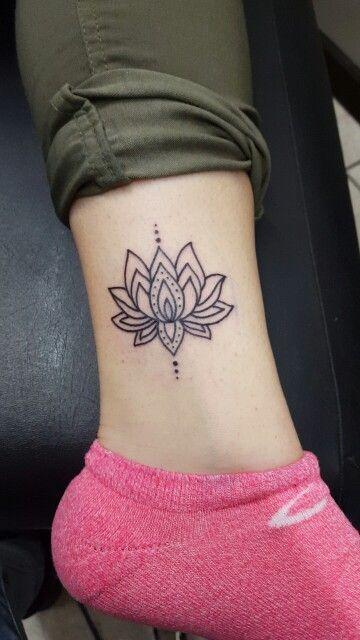 70 Best Lotus Flower T...