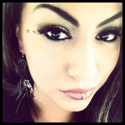 Anti Eyebrow Piercing – Butterfly Kiss