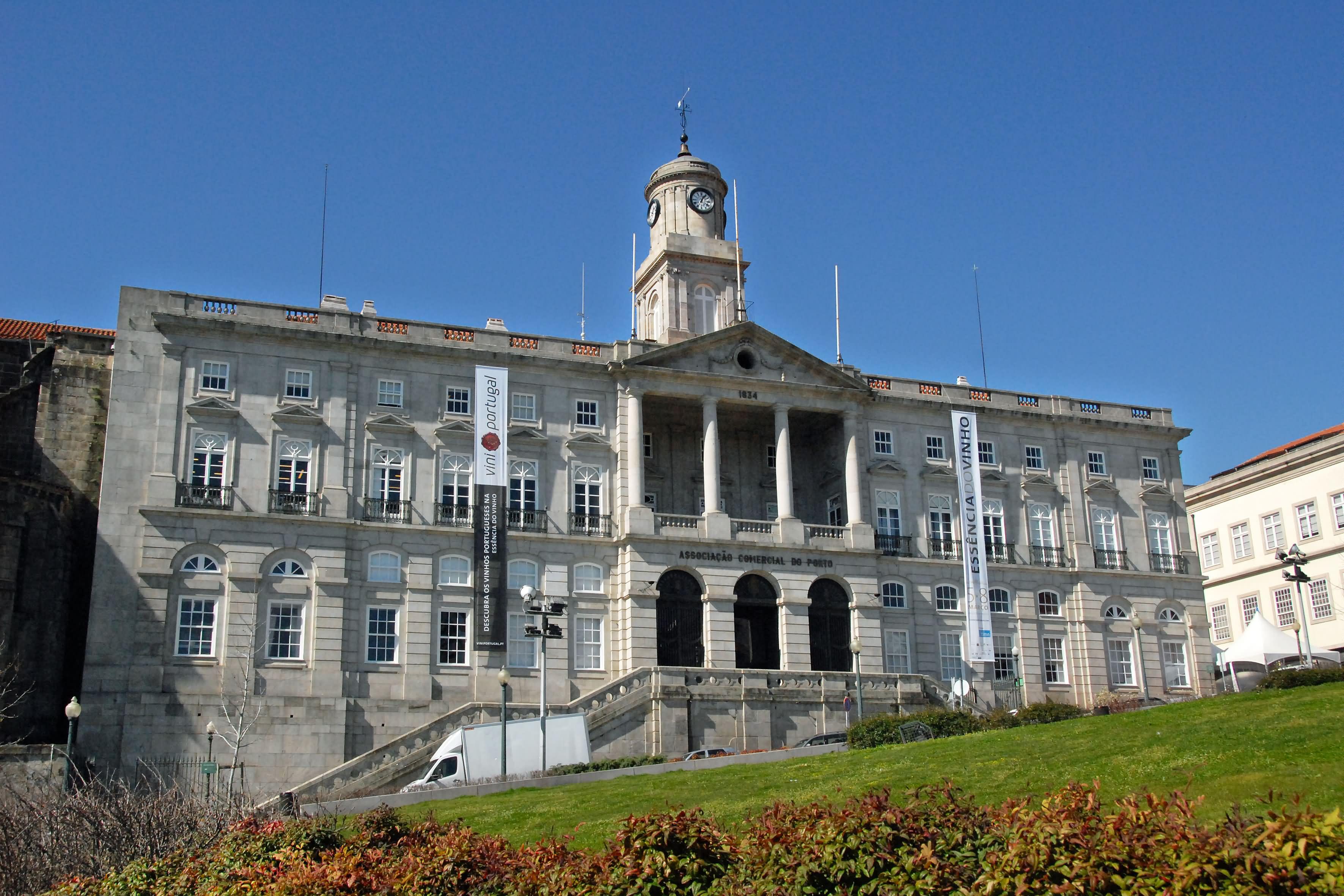 Amazing Facade Of The Palácio da Bolsa