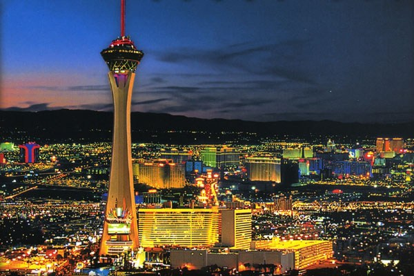Amazing Night View Of The Stratosphere Tower