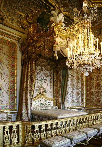 Rooms: Queen's Bed Chamber Inside The Palace Of Versailles