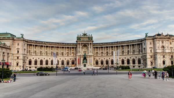 ผลการค้นหารูปภาพสำหรับ Imperial Palaces of Vienna