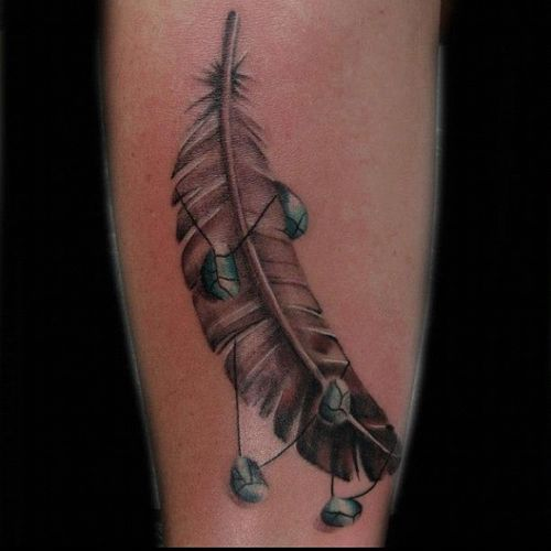 65 Eagle Feathers Tattoos Designs With Meanings